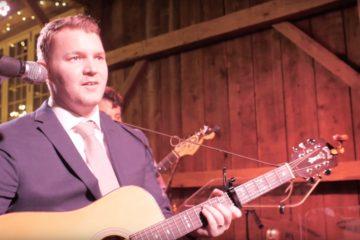 Brian sings Modest Mouse / Philadelphia Wedding Videographer / Brandywine Manor House